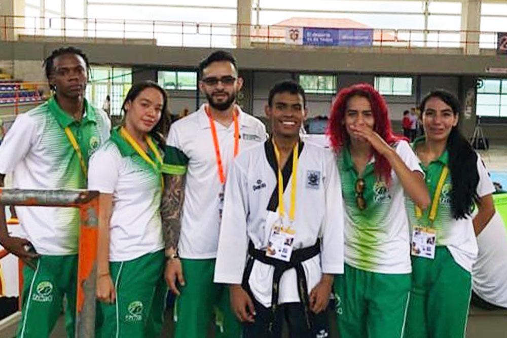 Selección de taekwondo mixto